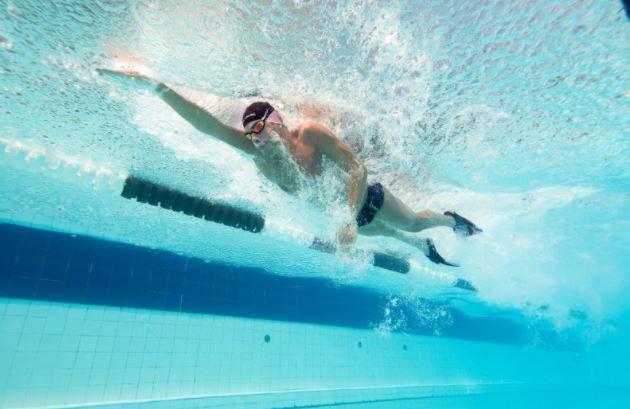 yüzme yarış sporcuları